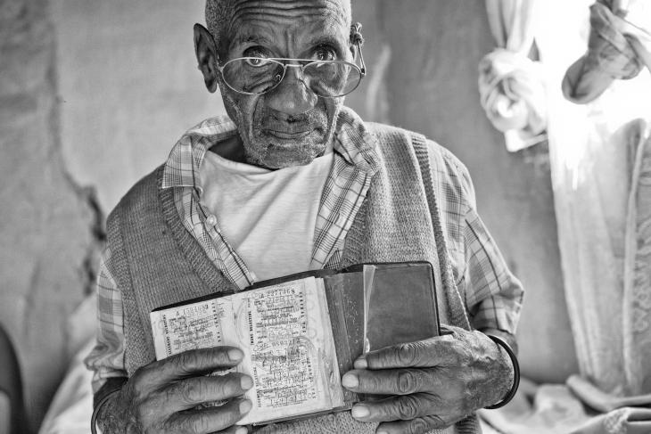 Bhekindlela Mwelase, 86 Yrs with Pass Book